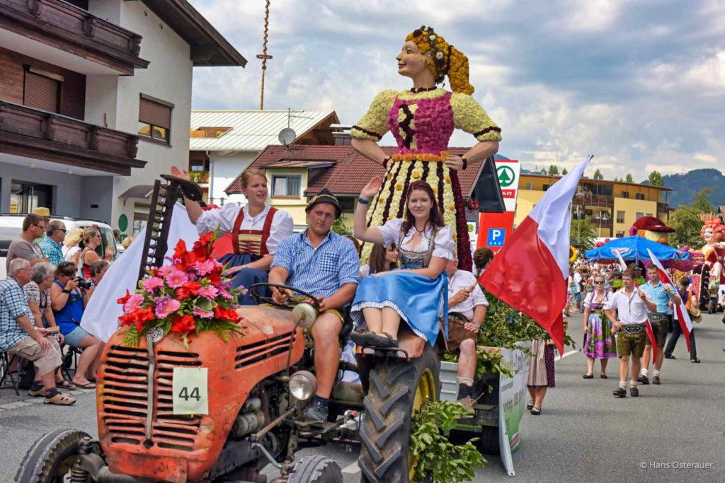 Blumencorso in Tirol 1